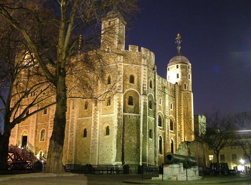 อันดับที่ 2 หอคอยแห่งลอนดอน ประเทศอังกฤษ